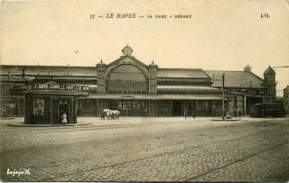 1440522294-76-Le-Havre-LaGare-De-part